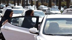 موتورسواری زنان در عربستان سعودی آزاد شد!