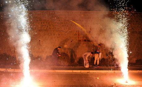 مردم در چهارشنبه سوری چقدر پول خرج مواد محترقه می کنند؟