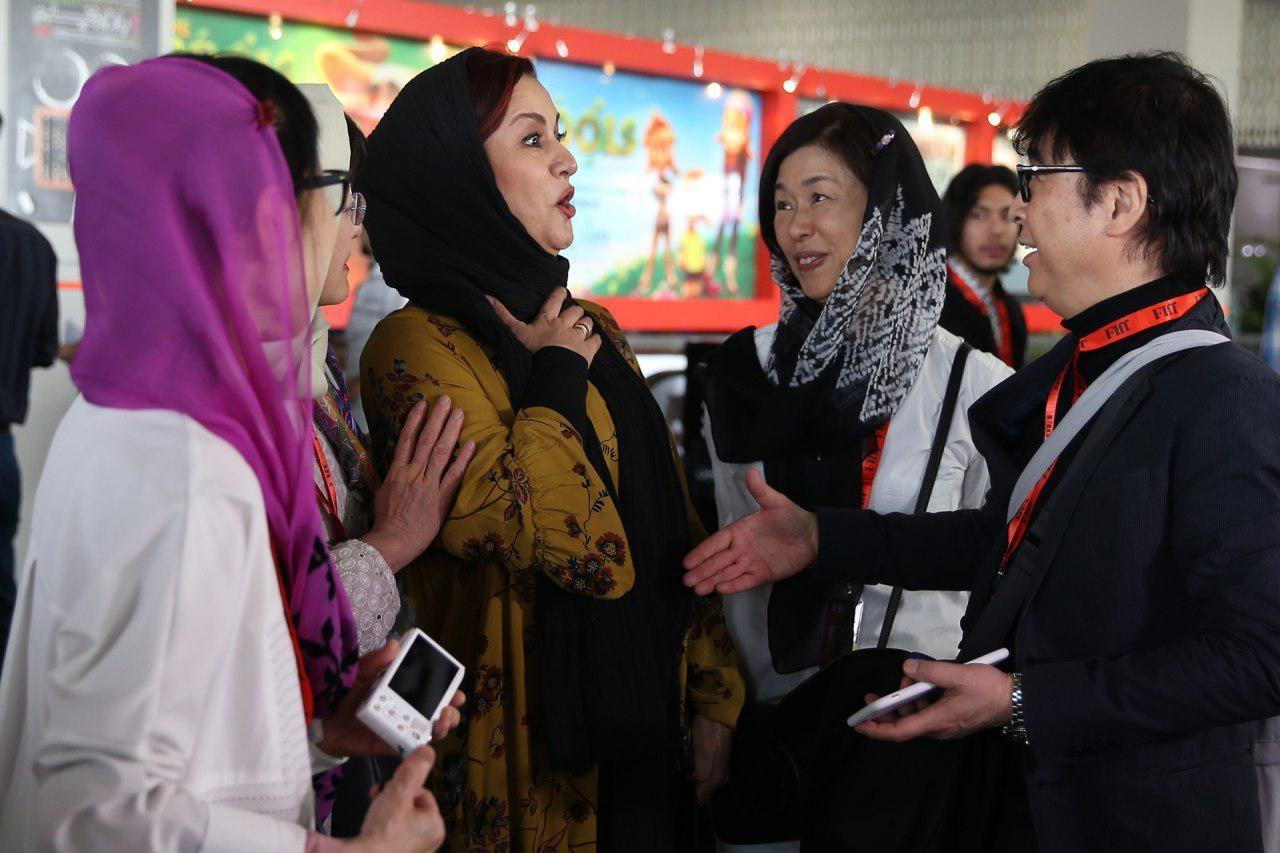 دست ندادن مریلا زارعی با مرد چینی سوژه عکاسان شد+ عکس