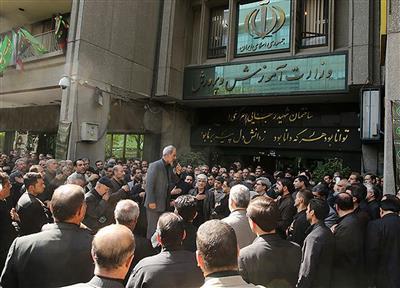 ناظم متعرض به چندین دانش آموز در تهران بازداشت شد/ حکم تعلیق مدیر مدرسه