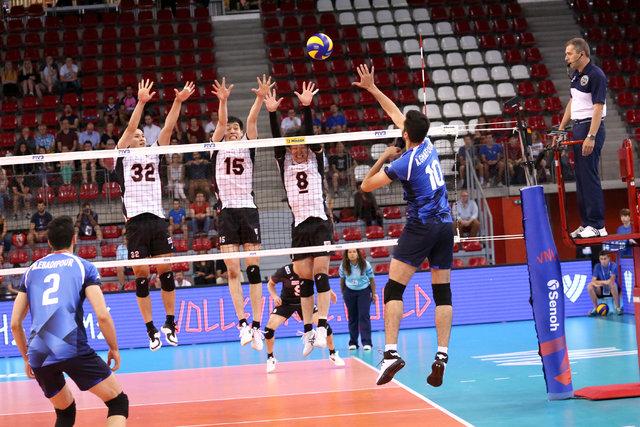 شکست ناباورانه والیبال ایران برابر ژاپن در لیگ ملت های جهان