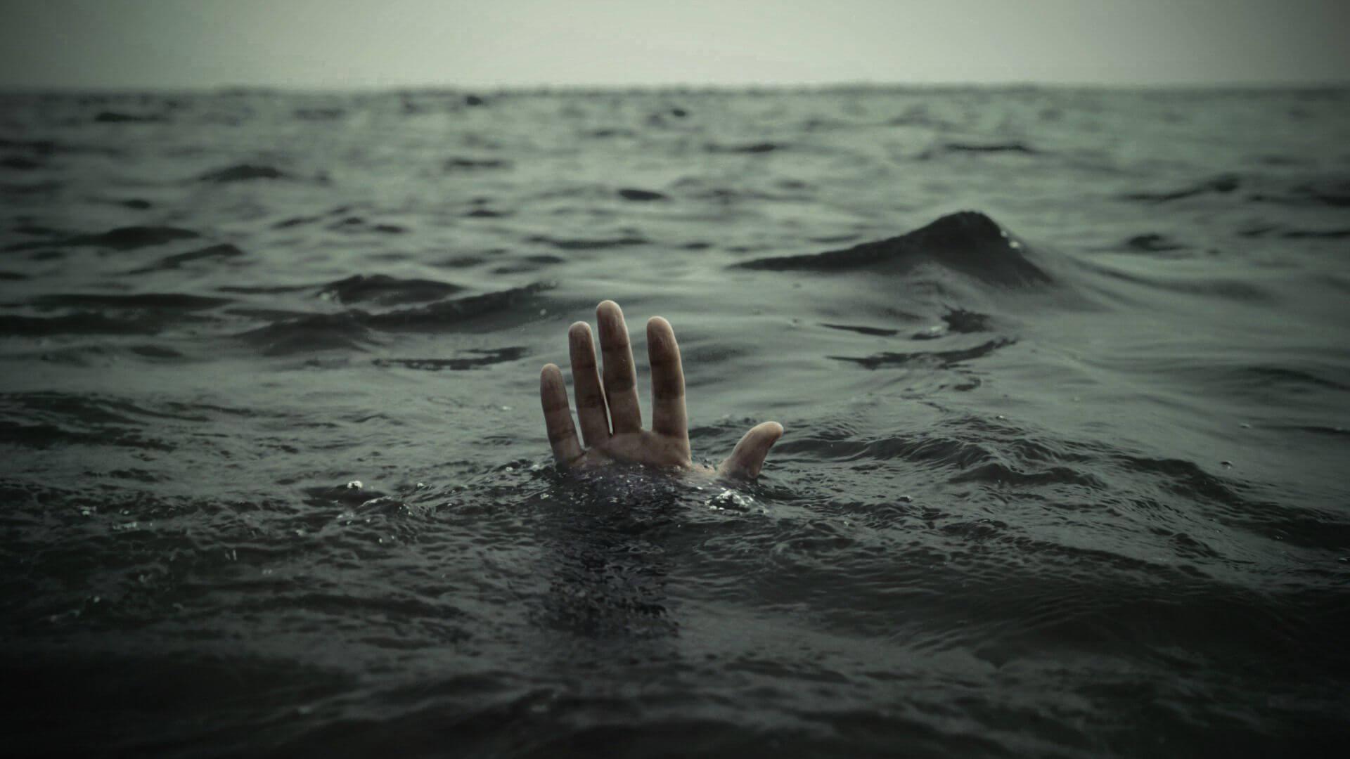 غرق شدن جوان آبادانی در رودسر
